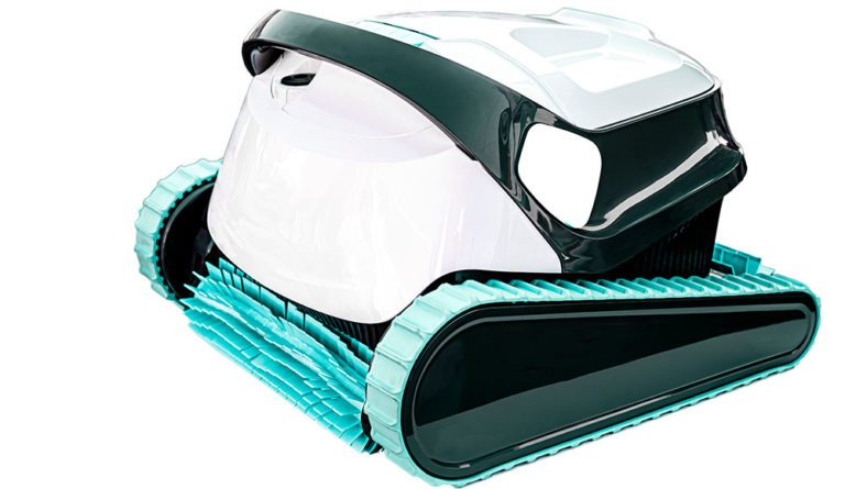 Dolphin E10 Review: A Decent and Lower Cost Robotic Pool Cleaner