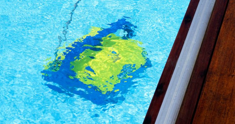 How To Use The Polaris Pool Cleaner