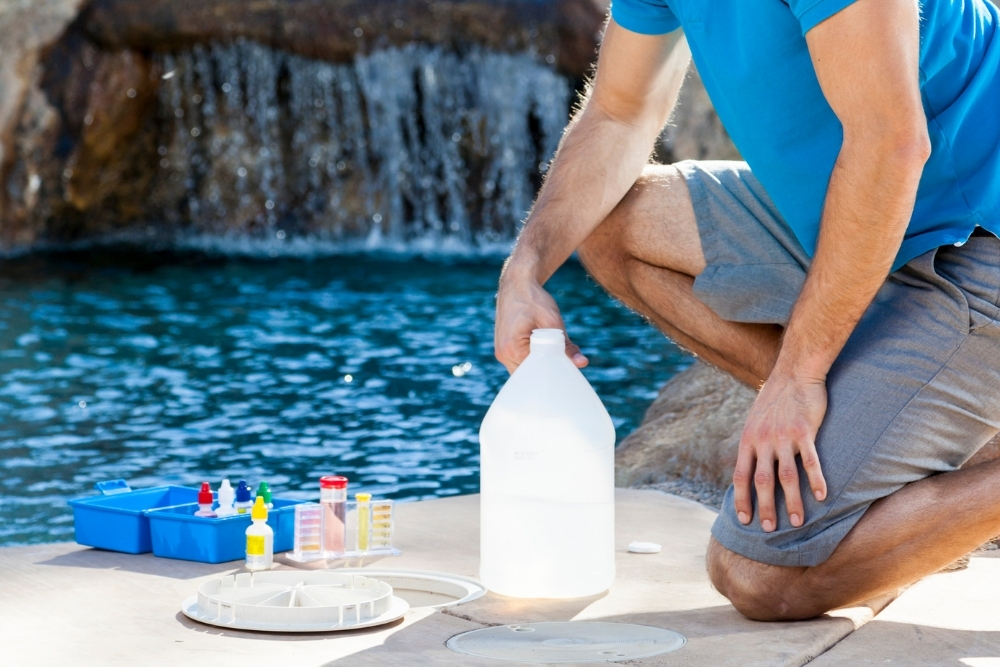 How To Use Muriatic Acid In Your Pool